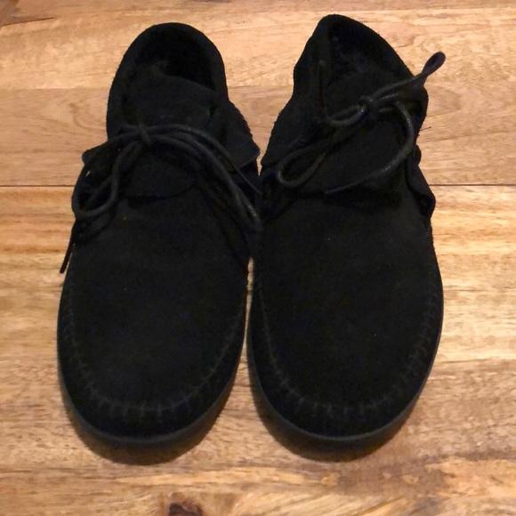 a2a9e852e3 Vans Black Suede Moccasins. M 5a3599f23800c5a10b0212ba